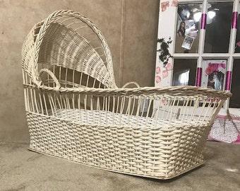 Vintage Cream Wicker Baby Bassinet  Moises Basket with mattress