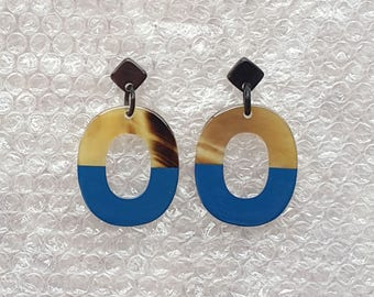 Buffalo Horn Earrings Lacquered in Blue color QG04
