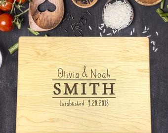 Personalized Wood Cutting Board, Wedding Gift, Gift for Couples, Gift for Her, Bridal Shower Gift, Mr & Mrs Gift, Newlywed Gift, B-0039 Rec