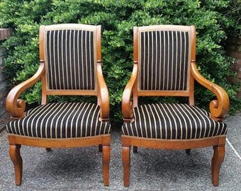 Pair of French Armchairs - Pair of French Empire Armchairs, French Walnut Charles X Fauteuils, French Restauration Arm Chairs