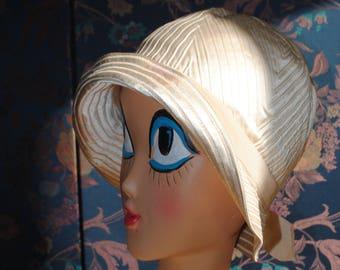 1930's cloche Hat