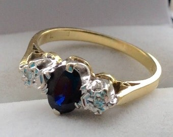 Vintage 18ct Sapphire and Diamond Trilogy Engagement  Ring - Ring Size 4.5 I 1/2