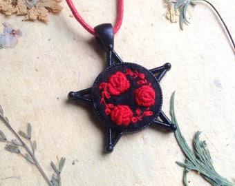 Collar de estrella de cinco puntas, Witchy ropa, joyas paganas, colgante pagana, Wicca ropa, colgante de estrella de cinco puntas, pentáculo, Altar Wicca Kit negro