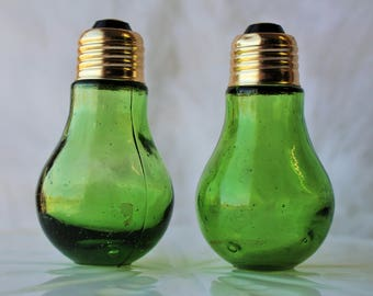 Vintage Light Bulb Salt and Pepper Shakers