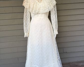 1970s does Victorian Wedding Dress Size 4-6 Small | Ruffles | Lace | High Collar| Long Sleeves | Made in USA