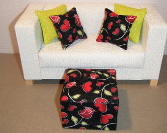 1:6 Scale Furniture Pouf and 4 Pillows - Barbie Momoko Blythe Pullip Fashion Dolls - Living Room Diorama