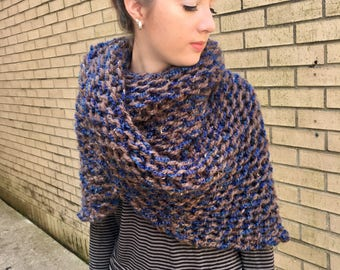 Outlander Knit Wool Shawl, Sassenach, Hand Knit Scarf, Outlander Inspired, Je Suis Prest, Claire Fraser, Outlander Cowl, Triangle, Wrap,