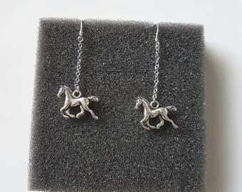 Animal earrings, Sterling silver dangle earrings,Silver Horse earrings,Animal lover,silver charm earrings,Drop earrings,Horse charm earrings