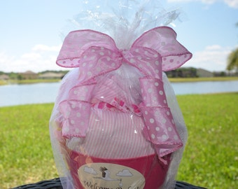 Personalized Baby Gift Basket for a Baby Girl - Baby Shower Gift Basket Pink - New Mom Gift Basket - Newborn Gift Basket - Burp Cloth & Bibs