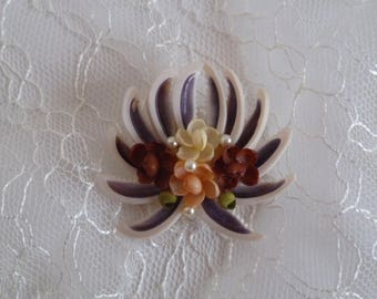 Seashell flower Brooch with crab claw and pearls/Purple & garnet flower pin/beach brooch/handmade Hawaiian Florida/Mother's Day/Easter gift