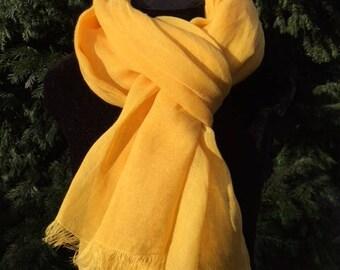 GRANDE ÉTOLE 100% LIN lavé et frangé, 75cm X 200 cm, coloris Jaune Tournesol