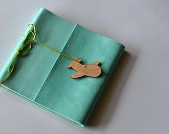verde claro, de viaje, Foto álbum, fotografía, recuerdos, bautizo, regalo, bautismo, niño, hecho a mano, avión, boda, luna de miel, recién nacido