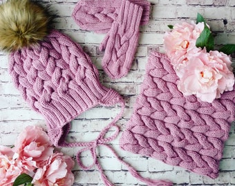 Very nice rose  winter set for girl, Merino wool knitted hat, round scarf and gloves
