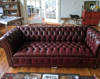 Leather Chesterfield Sofa OX BLOOD COLOR Pendragon
