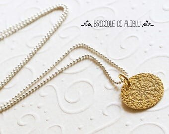 Chain with rosette Pendant