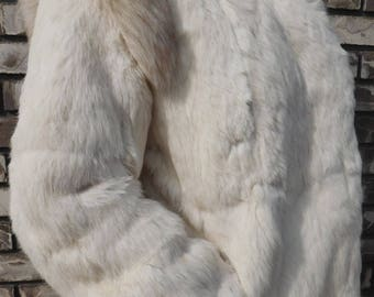 FUR COAT Beautiful, Soft, Stylish Vintage 100 Percent Rabbits Fur Women's White Coat Size Medium - Large