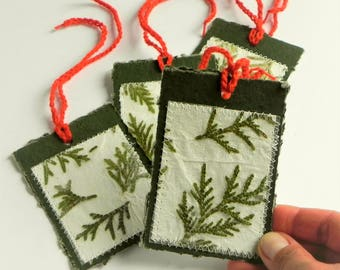 Holiday gift hang large green tags Christmas gift wrap decoration, gift tag set