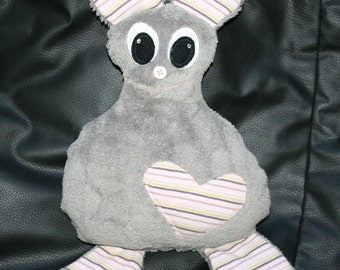"Stuffed animal ""SITA"" grey, with Pocket on the back"