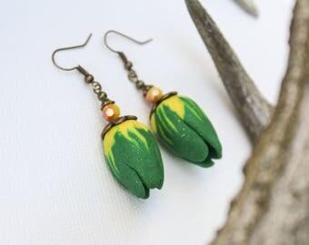 FREE SHIPPING Green earrings Bud earrings Tulip earrings Flower earrings Summer earrings Floral earrings Romantic jewelry Womens gift idea