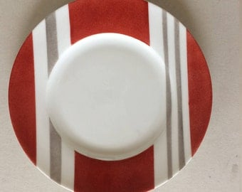 1 Round plate dessert. Collection Duo. Stripes bi color. hand painted.