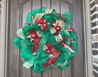Festive Wreath by Miss Mazie