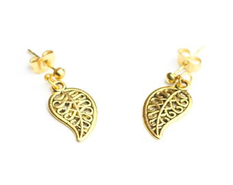 Earrings studs gold leaves