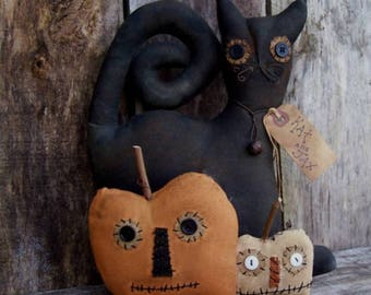 Primitive Halloween Cat/primitive halloween pumpkins/jacks/primitive handmade/primitive sitter/Halloween doll/Primitive doll/