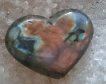 Labradorite Rainbow 12, 09 Gr-heart - pierced