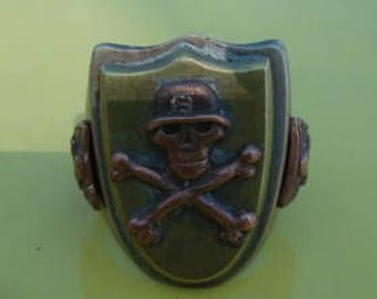 Mexican biker ring w/ skull