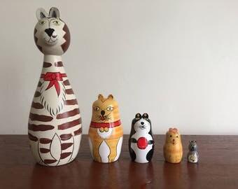 Vintage Kitty Cat Nesting Dolls