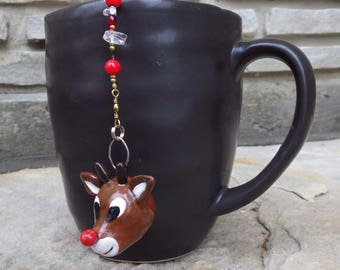 Rudolf the Red-Nosed Reindeer Tea Infuser with Christmas Red Dish