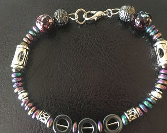 Silver and iridescence beaded bracelet