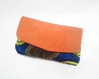 Pochette Main // Etui // Trousse // Wax Africain // Orange Bleu et Jaune  et suédine // Accessoire féminin pour soirée // Sac main