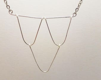 Silver metal pendant chain necklace