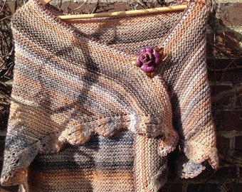 """Aod ar vein ruz"" collection, hand knitted triangular shawl"