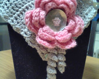 Silver Grey organic cotton knitted with rosette/central brooch