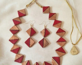 Red and Bronze reversible necklace. Terracotta jewelry-Polymer clay jewelry-reversible jewelry