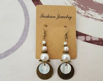 Earrings hook and metal bronze, Pearl bead, acrylic Pearl and white cat's eye