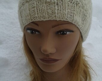 White wool hat hand knitted natural