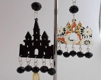 """Earrings """"Sundry Molds""""-The Churches"""