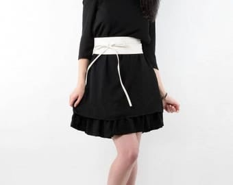 Straight dress with belt and ruffle detachable T38