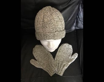 Men's Hat and Mittens