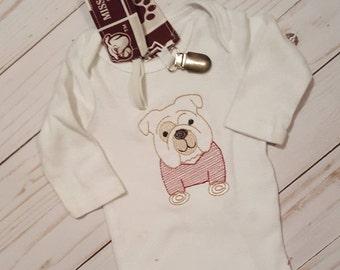 Embroidered Infant Bulldog State Bodysuit/BellState Kids Clothes/Personal Custom Maroon Infant Suit/Preppy Boy Infant Suit/Mississippi Suit