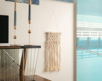 Borkowo>small macrame wall hanging