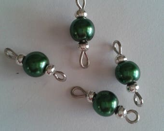 5 beads 6mm metal green glass connectors