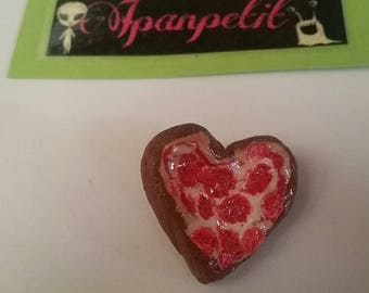 Pin Pizza Heart in polymer clay brooch pizza Love Polimerclay
