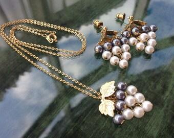 Vintage 80's Rochelle Faux Pearl Grapes Cascade Necklace Earrings Demi Parure Set
