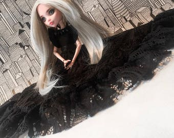 Dark night, Monster high dress OOAK