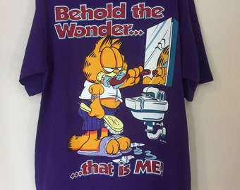 Vintage Garfield Behold the wonder... that is ME T-shirt