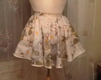 Floral print apron